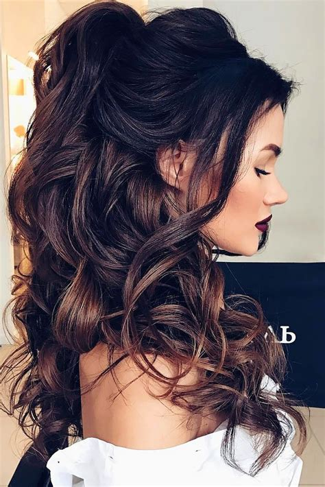 hairstyles large curls the 25 best curly hairstyles ideas on pinterest easy