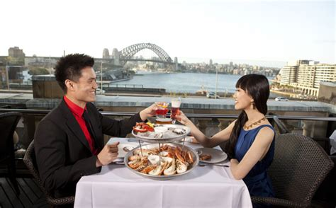 restaurants in sydney open at christmas where to enjoy day lunch in sydney