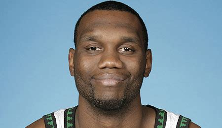 al jefferson bed nba player al jefferson buys a gigantic 23 000 bed