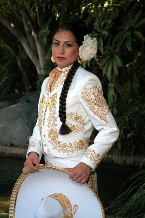 mariachi hairstyles april michelle robles will celebrate her quincea 241 era