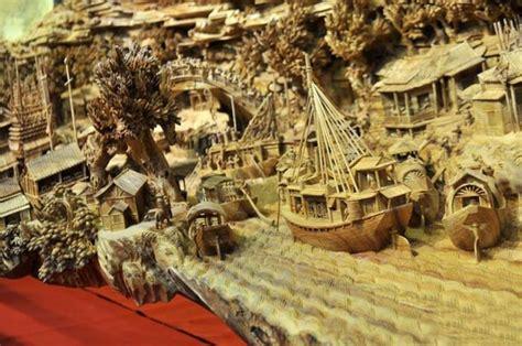 worlds longest  beautiful wooden carving art