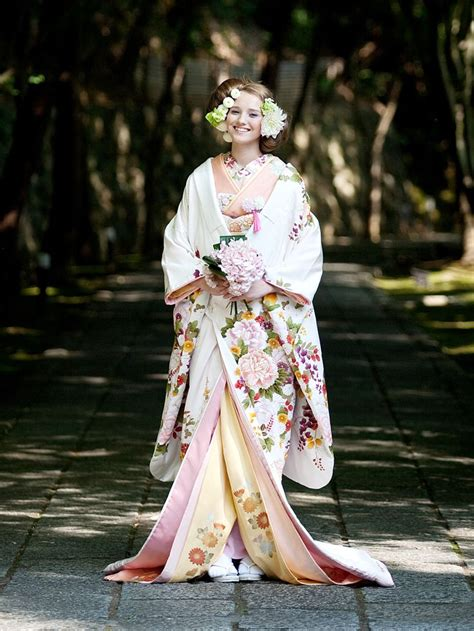 asian western wedding dresses best 25 kimono fashion ideas on kimono