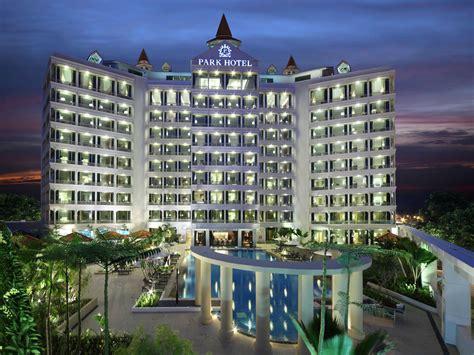 garden city hotel address
