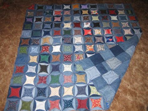 Jean Quilt Pattern by 59 Best Denim Circle Quilt Images On Cathedral