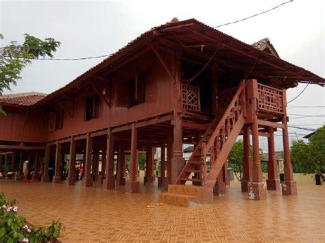 Nilai2 Arsitektur Rumah Tradisional Jawa arsitektur tradisional rumah betawi arsitag