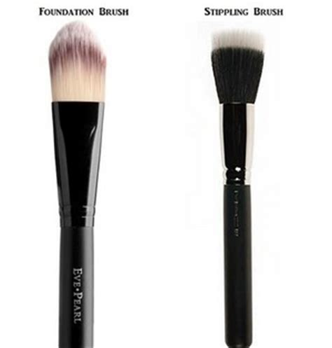 Flat Foundation Brush which one is better flat foundation brush or stippling