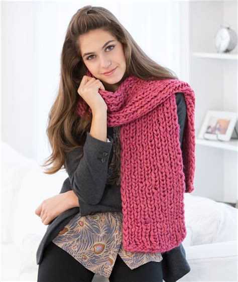 red heart yarn pattern lw2741 mondo ribbed scarf red heart