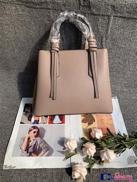 buy stylish  latest style  compartments women handbag