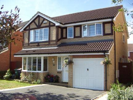 average cost of moving house in the uk increased by 9%