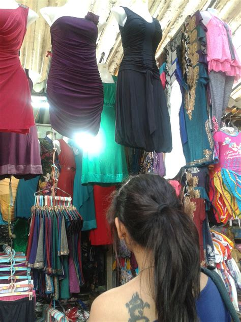 design touch hill road mumbai your mumbai shopping street guide fashionlady offers you