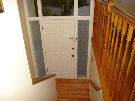 decorate  tiny entry    split entry