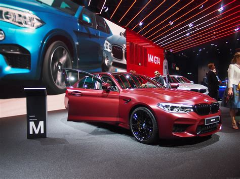 first bmw m5 bmw m5 gets a limited 400 unit first edition drive safe
