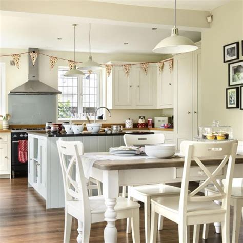 Kitchen Design Ideas Uk by Classic Family Kitchen Diner Family Kitchen Design Ideas