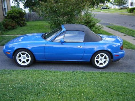how to sell used cars 1992 mazda miata mx 5 head up display sell used 1992 mazda miata mx5 w hardtop in east hartford connecticut united states for us