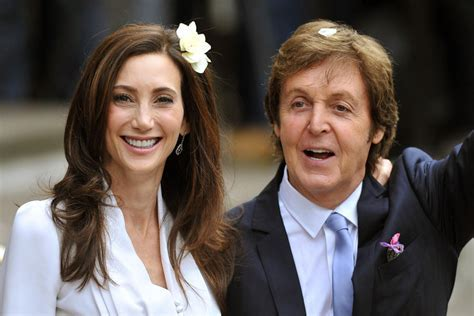 Paul McCartney marries Nancy Shevell at London registry