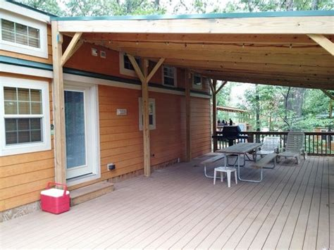 World Indiana Cabins by Cabin Closest Lodging To World