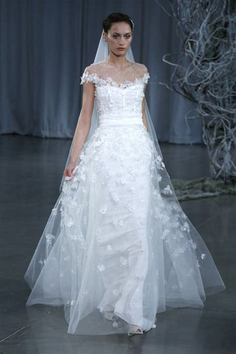 monique lhuillier fall 2013 26 wedding gowns fit for a fairytale plus six white hot