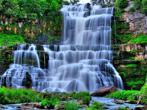 water falling wallpapers waterfalls scenery wallpapers