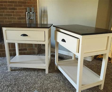 Farmhouse Bedside Table by White Farmhouse Bedside Table Diy Projects