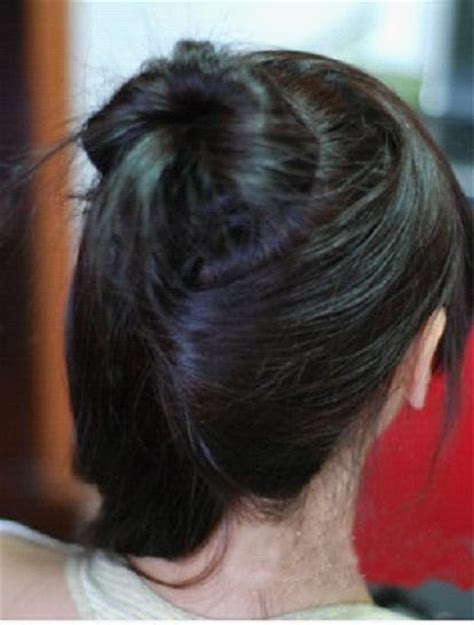 is putting hair in a bun a new fad how to put your hair up in a cute bun be beauty