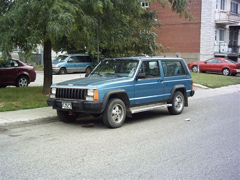 1987 Jeep Chief Numero3 S 1987 Jeep In Anjou Qc