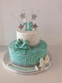 18 geburtstag kuchen best 25 18th birthday cake ideas on pink