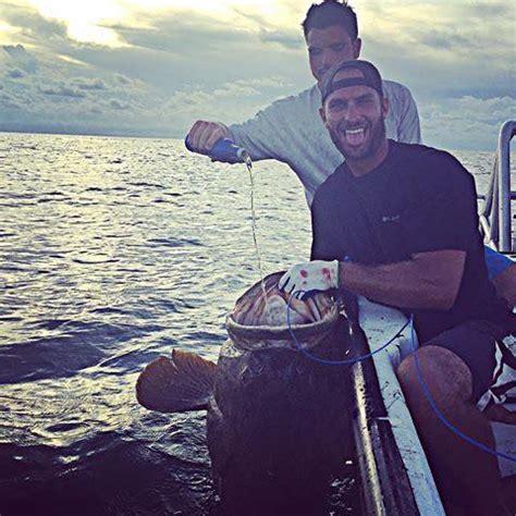 dragging shark behind boat names florida bros who dragged shark behind high speed boat have