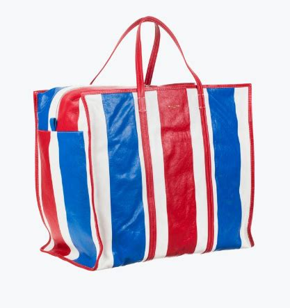 Gadget Of The Day A Must Designer Handbag by Must This Will Make You Appreciate