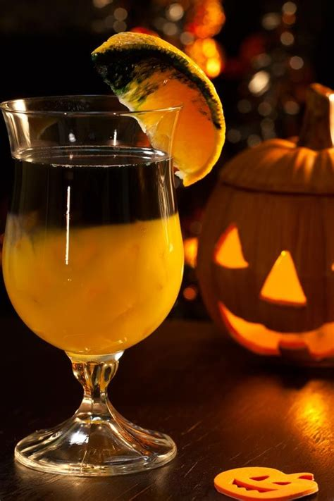fall cocktails 5 fall cocktails guaranteed to spook your halloween