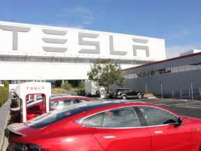 Tesla Electric Car Factory Tour Of The Tesla Factory Business Insider