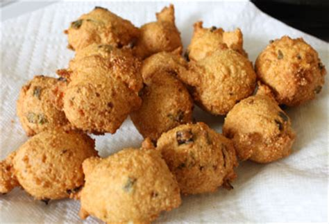 recipe for hush puppies with cornmeal hush puppies distracted crafter