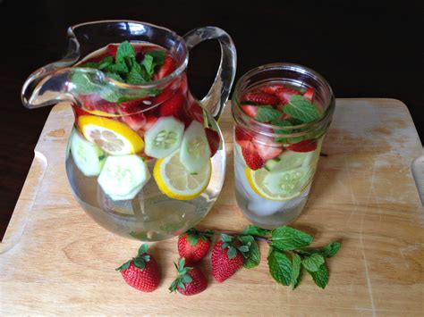 Detox Water Cucumber Strawberry by Me Up Scottie Strawberry And Cucumber Detox Drink