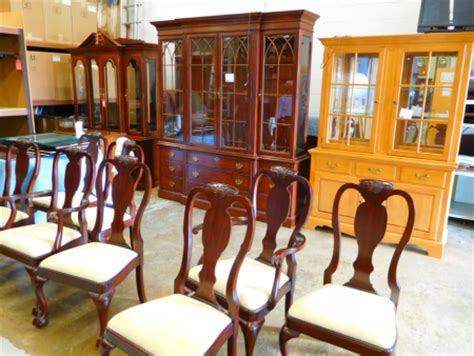 pennsylvania house dining set delmarva furniture consignment henkel harris dining chairs lexington breakfront pa