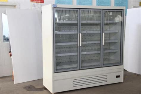 Chiller Cabinets For Sale by In Glass Door Refrigerator Cabinets For Convenience