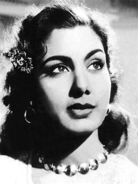 Daag (1952) - Review, Star Cast, News, Photos | Cinestaan