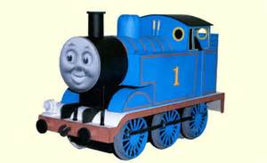 And Friends Papercraft - friends free locomotive paper model