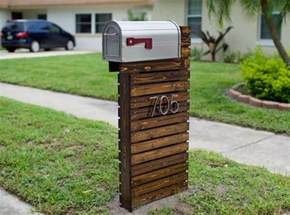 Covered Toilet Paper Holder they thought their old mailbox was boring they did this