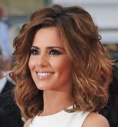 curley above shoulder length hair syles curly medium length hairstyles 2015