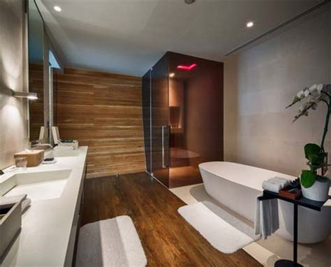 bagno con pavimento in legno bagni moderni