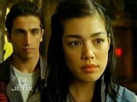 nick russell and madison rocca (power rangers mystic force