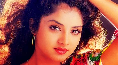 bollywood actresses that died young 10 bollywood actresses who commited suicide or died in