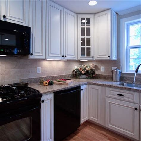 kitchen white cabinets black appliances white cabinets black appliances for the house pinterest
