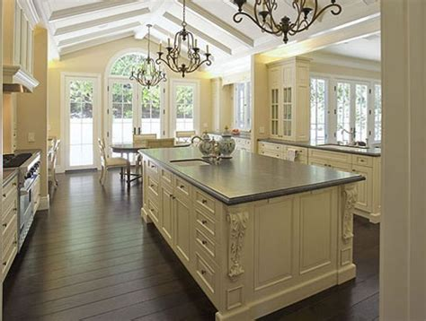 french provincial kitchen design 25 best ideas about country kitchen designs on pinterest