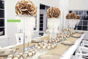 Gold wedding decorations by we can package