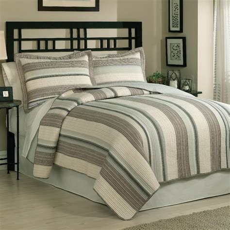 retro chic east hton quilt set