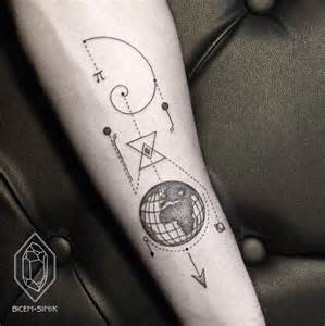 40 geometric tattoo designs for men and women tattoos hub