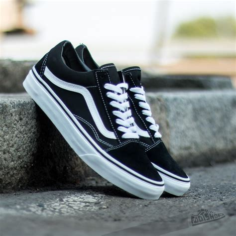 Sepatu Vans Skool Black White vans skool black footshop