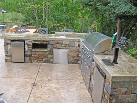 Outdoor Kitchen And Bar by Outdoor Kitchen And Bar Area Outdoor Kitchen