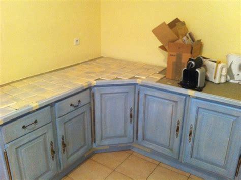 騁ag鑽e angle cuisine disposition carrelage plan de travail sur meuble d angle