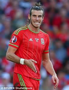 why is gareth bale growing his hair hipster top knots are making men bald triggering permanent